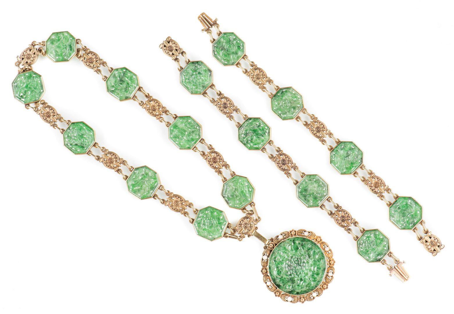 Lot 48: Tiffany Jade Pendant, Gold Demi Parure