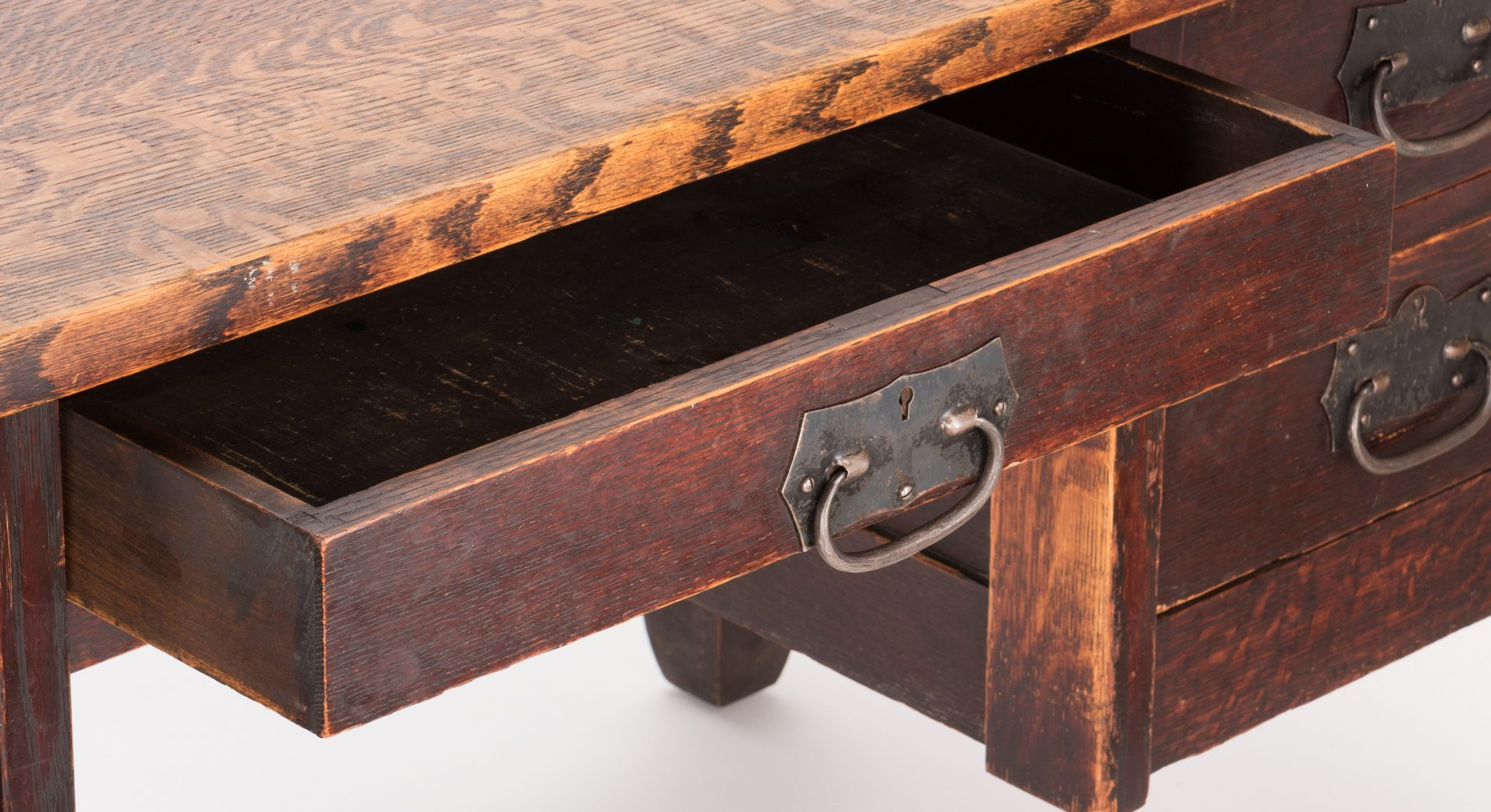 Lot 511: Roycroft Arts & Crafts Oak Desk, c.1905