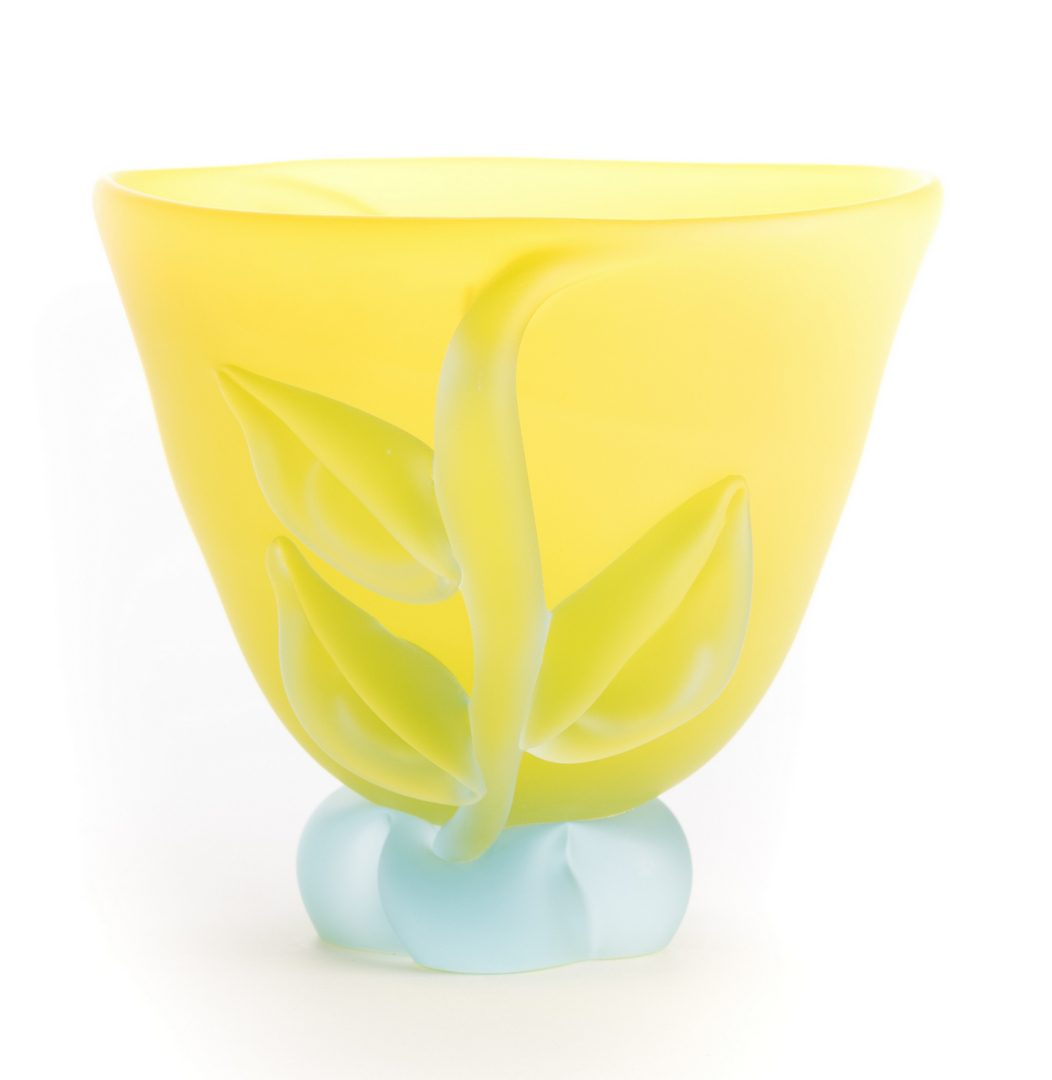 Lot 515: Tommie Rush Art Glass Vase