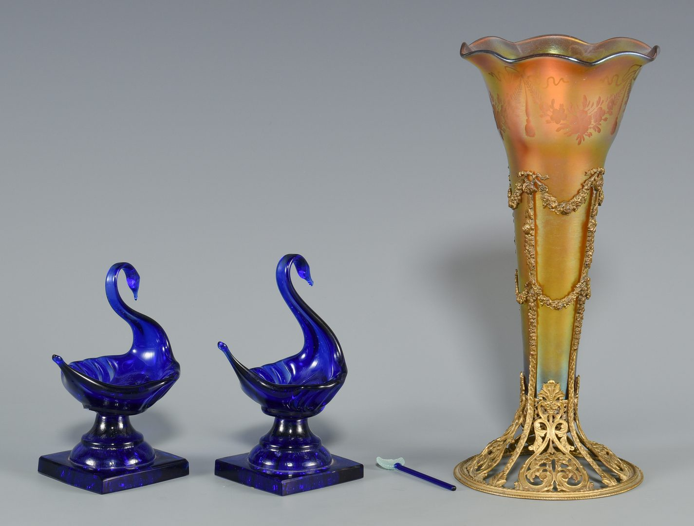 Lot 520: Bronze Mounted Art Glass Vase & 2 Cobalt Glass Swan Salts, 4 items