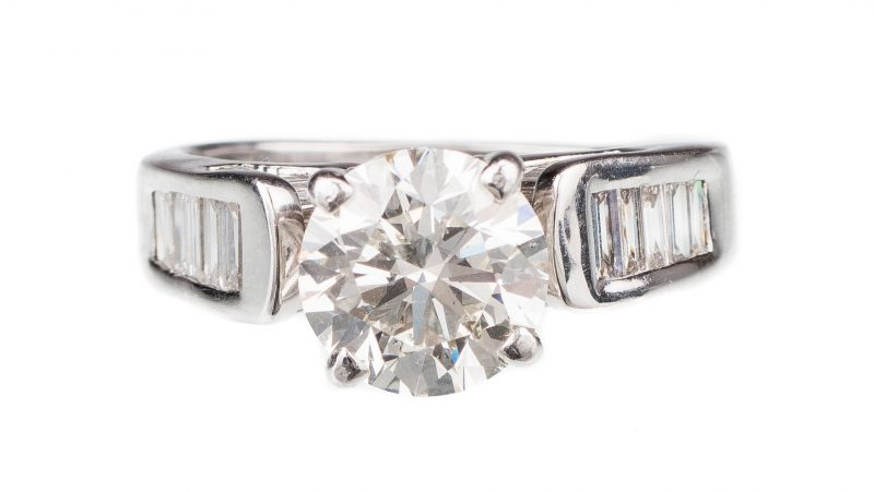 Lot 52: 2.53 ct. Round Diamond Ring