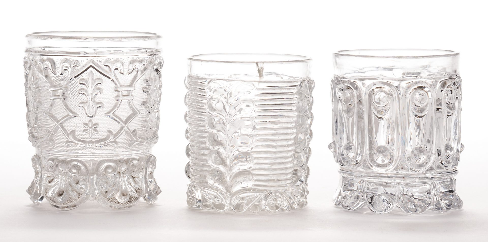 Lot 634: 3 French Sulfide Glass Tumblers