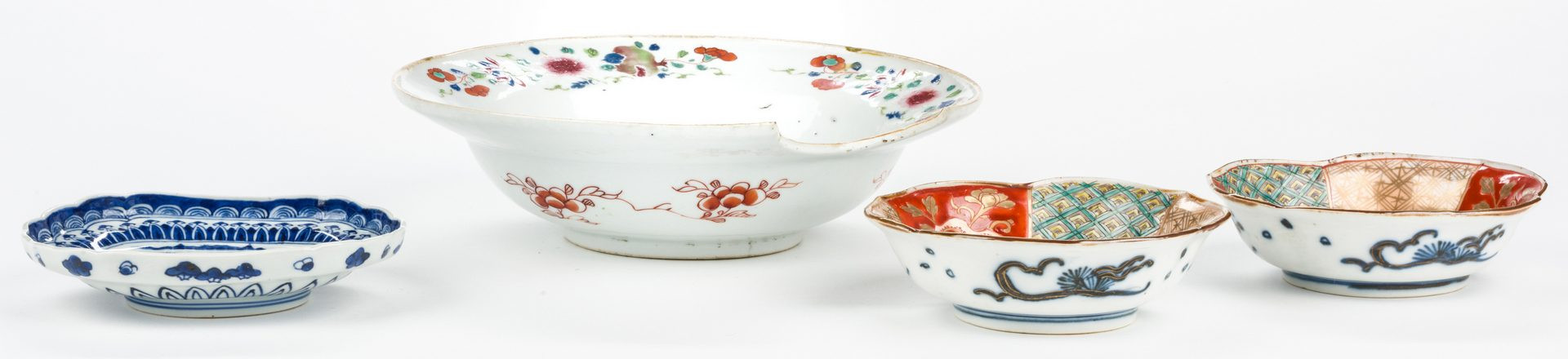 Lot 646: 4 pcs Asian Porcelain inc. 18th c. Barber or Bleeder Bowl