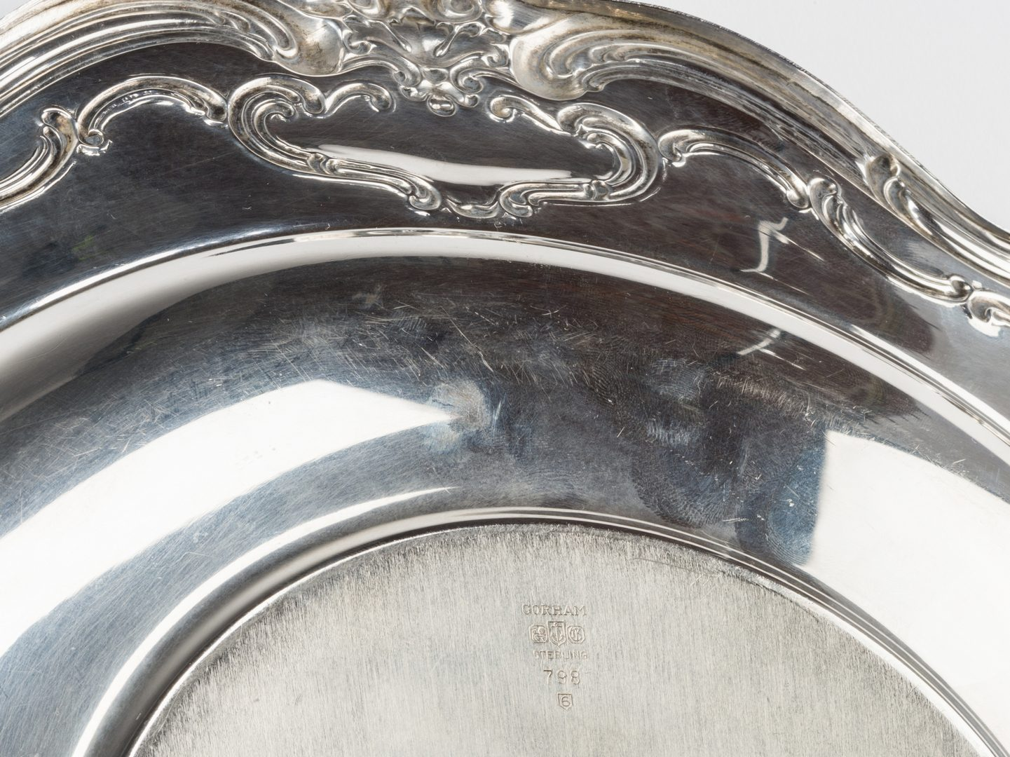 Lot 689: 3 Sterling Hollowware Pieces