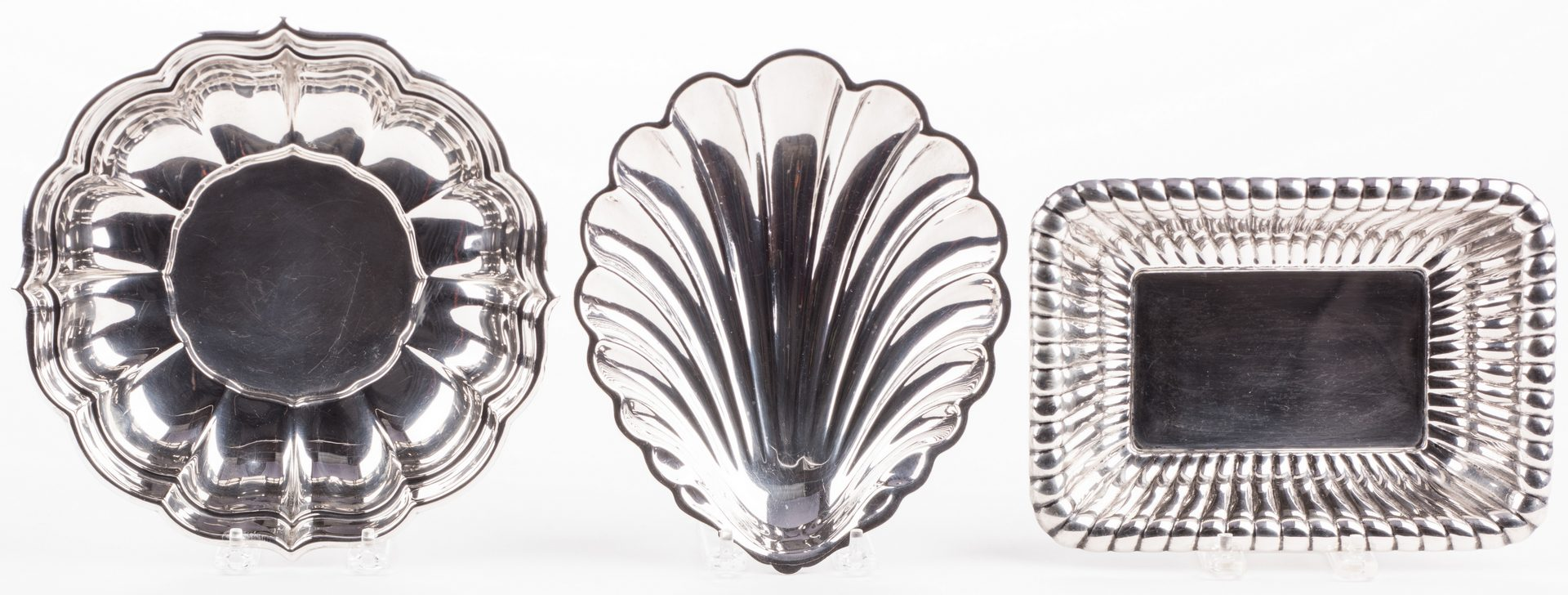 Lot 695: 3 Sterling Silver Serving Items
