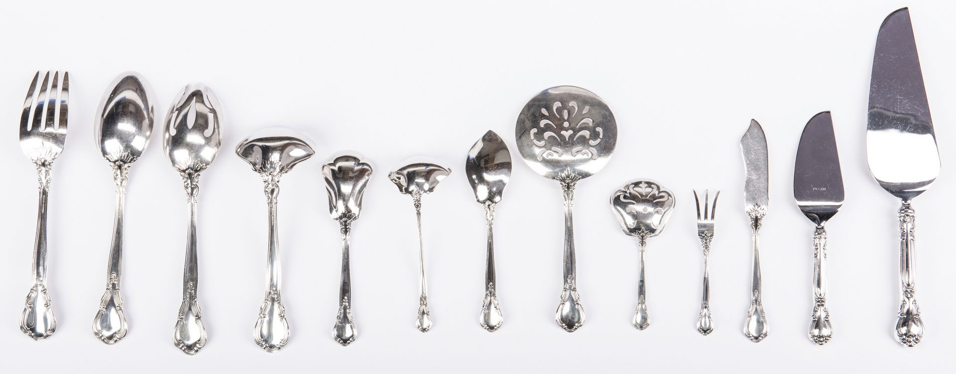 Lot 70: 132 Piece Gorham Chantilly Sterling Flatware