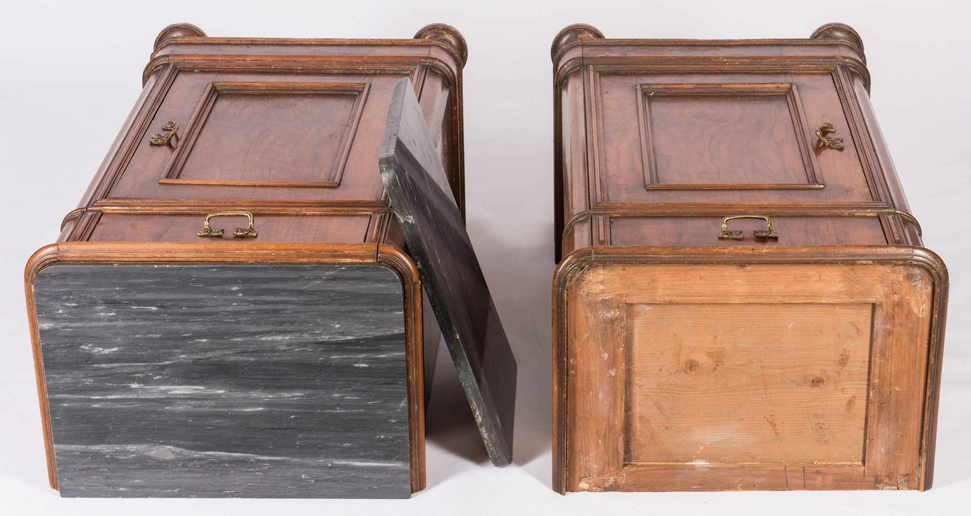 Lot 734: Pair commodes with black marble tops