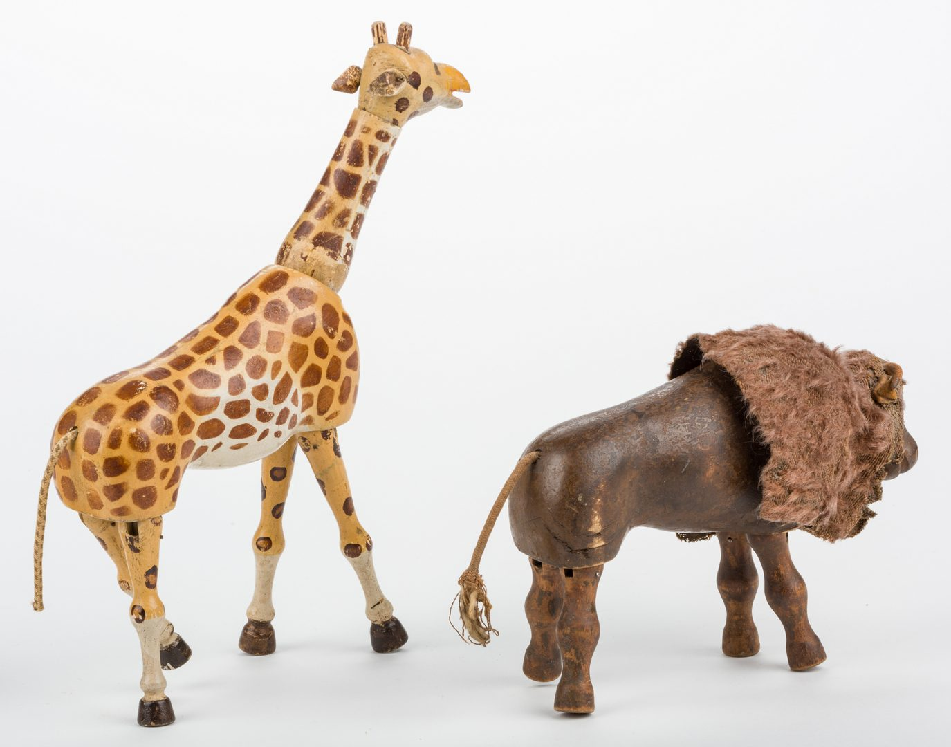 Lot 822: 6 Schoenhut Circus & Safari Items