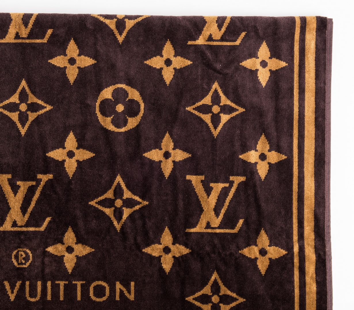 Lot 832: 4 Designor Louis Vuitton Items & 3 Related Books