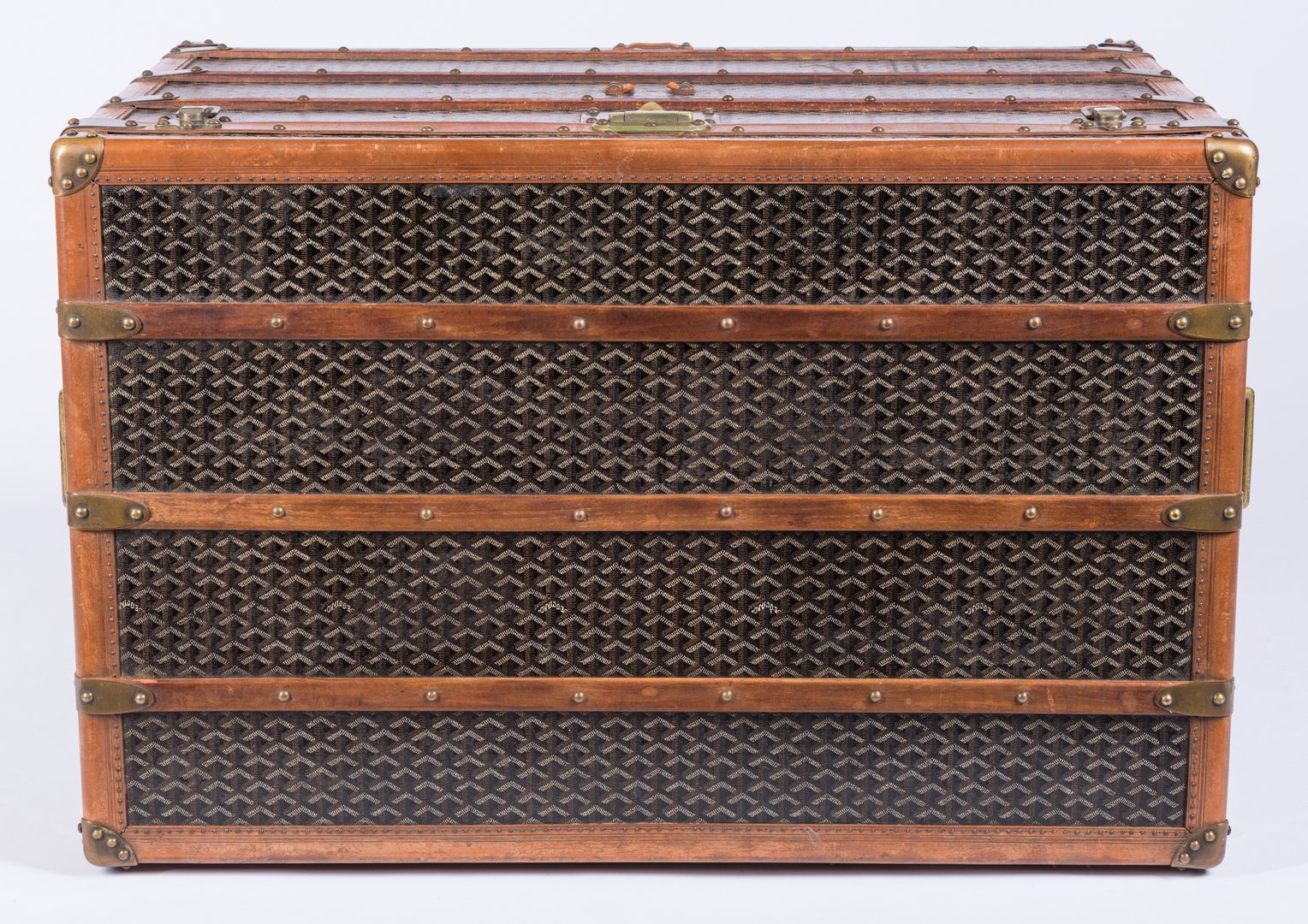 Lot 834: Malles Goyard Steamer Trunk