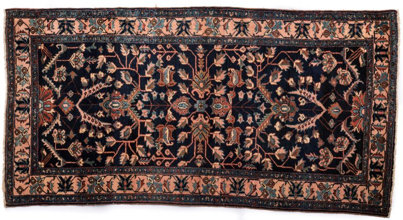 Lot 857: Antique Senna Baft Hamadan Area Rug
