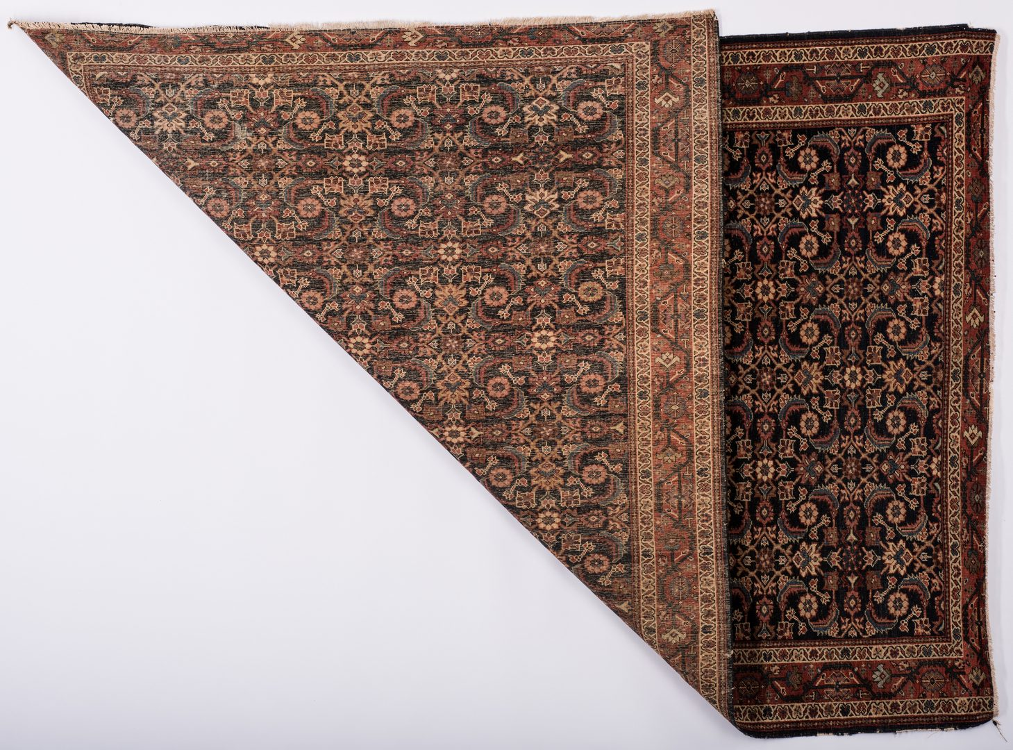 Lot 860: Antique Ferahan Sarouk Area Rug