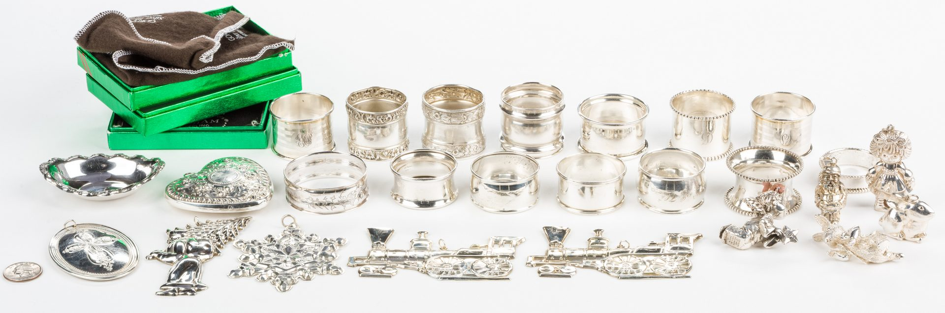 Lot 876: Assorted Sterling Smalls, 26 pcs inc. ornaments, napkin rings
