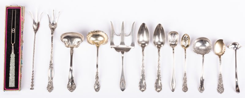 Lot 881: 13 pcs Sterling Flatware inc. White Jade