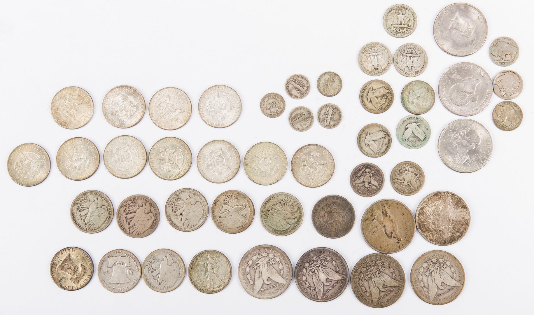 Lot 886: Collection of U.S. Silver Coins, 34 total