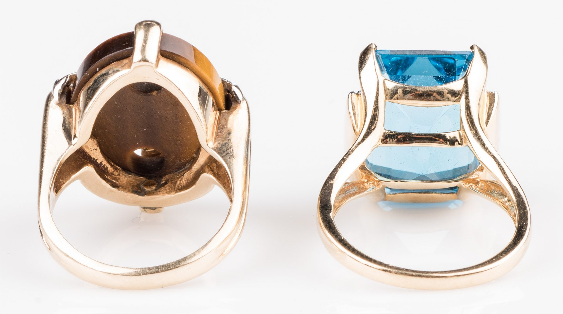 Lot 896: Two 14K Fashion Rings, Blue Topaz & Tiger's Eye