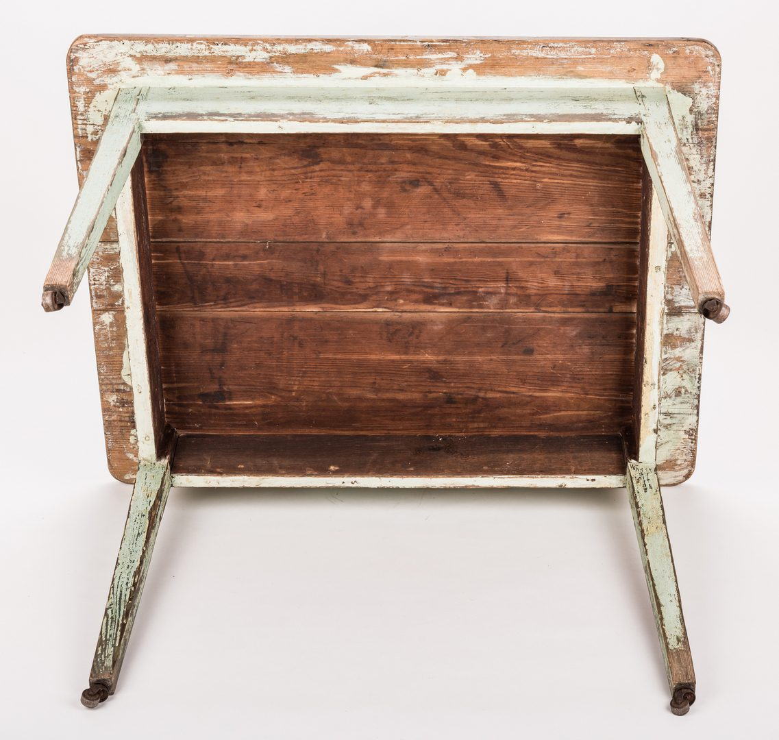 Lot 204: Southern Hepplewhite Yellow Pine Table