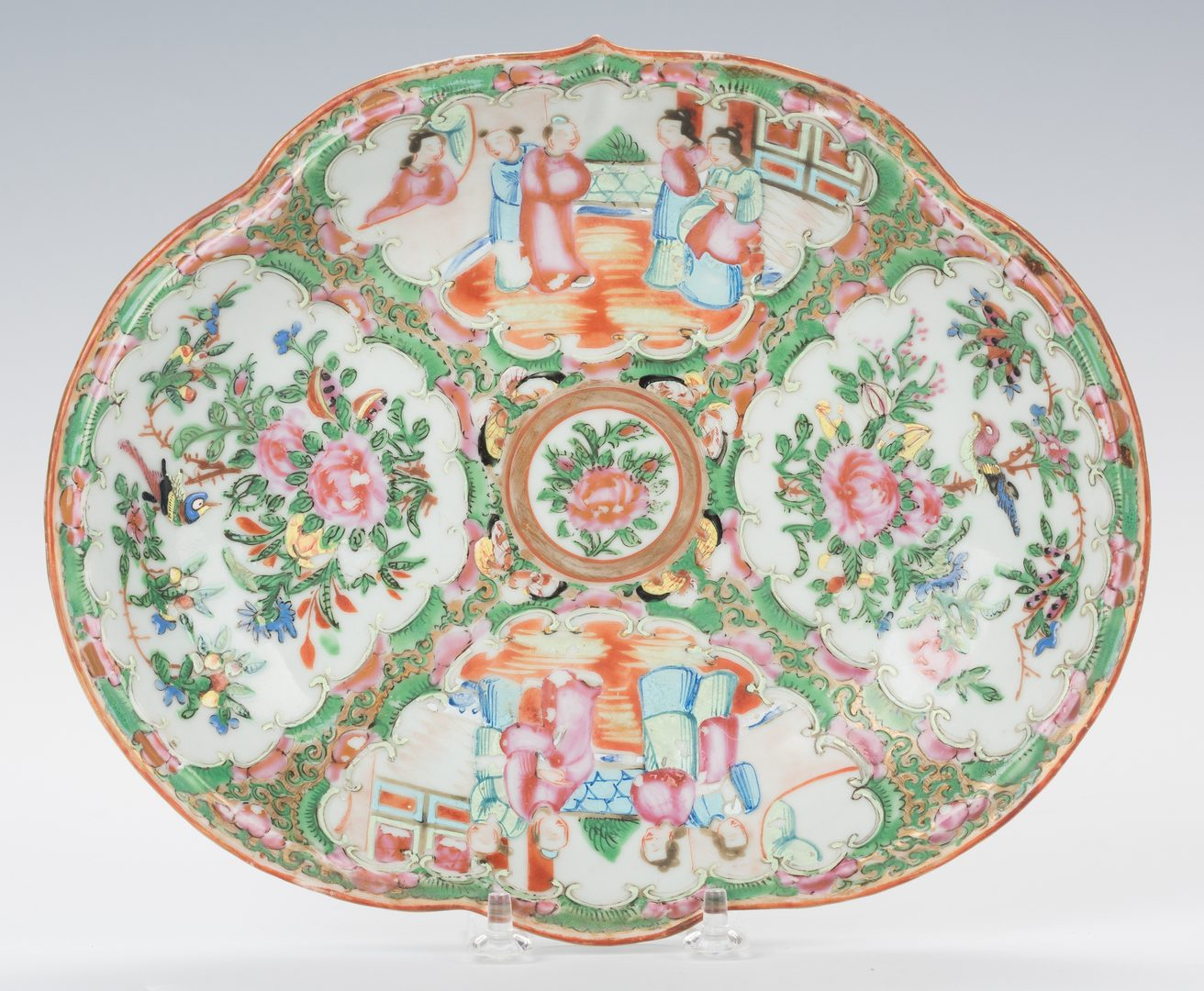 Lot 355: 3 Chinese Rose Medallion Porcelain Dishes, Oval shapes