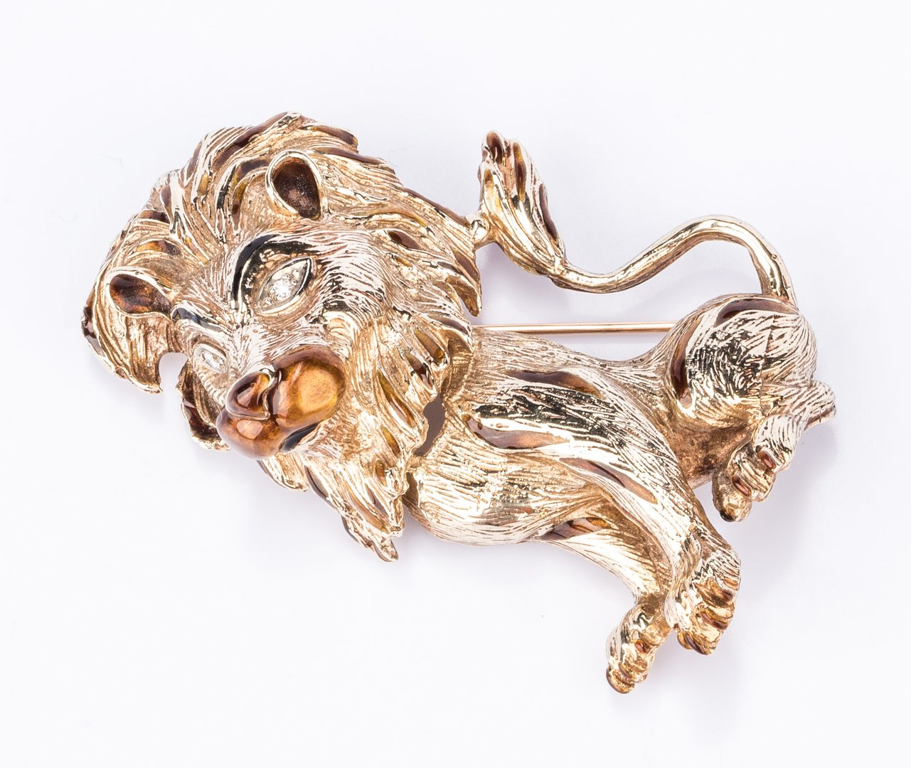 Lot 377: Lion 14K Enamel Diamond Brooch