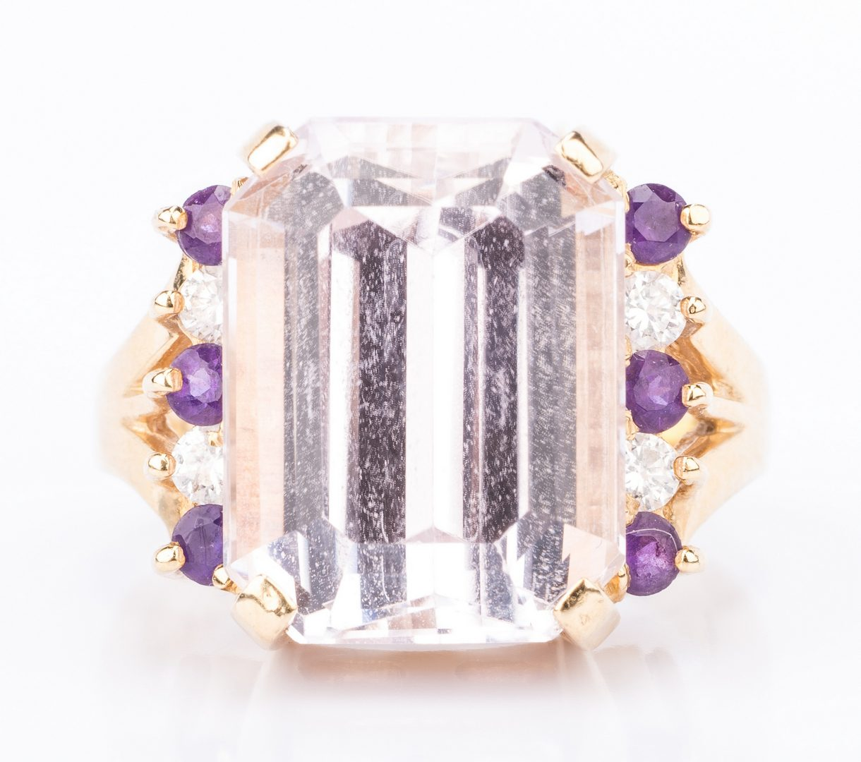 Lot 382: 18K Kunzite Ring with 4 Diamonds & 6 Amethyst