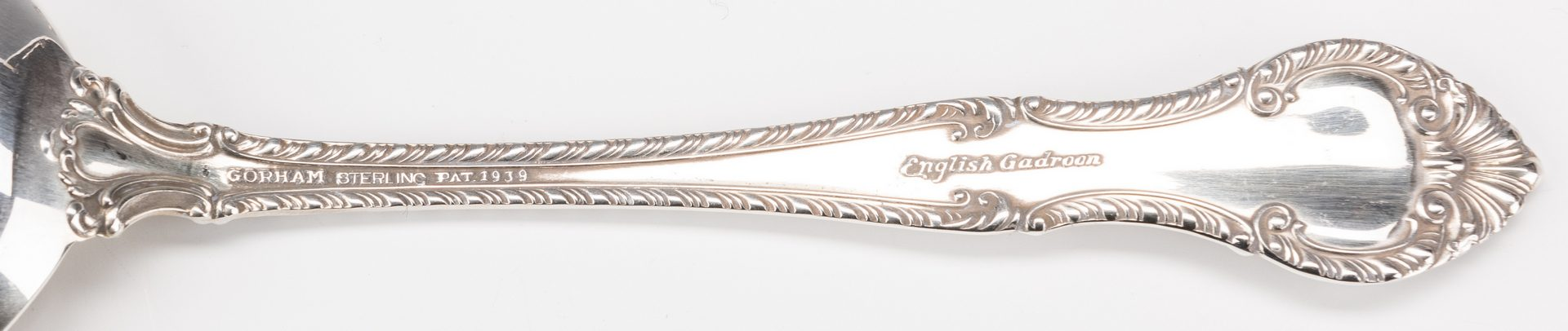 Lot 397: Gorham English Gadroon Sterling Flatware, 100 pcs