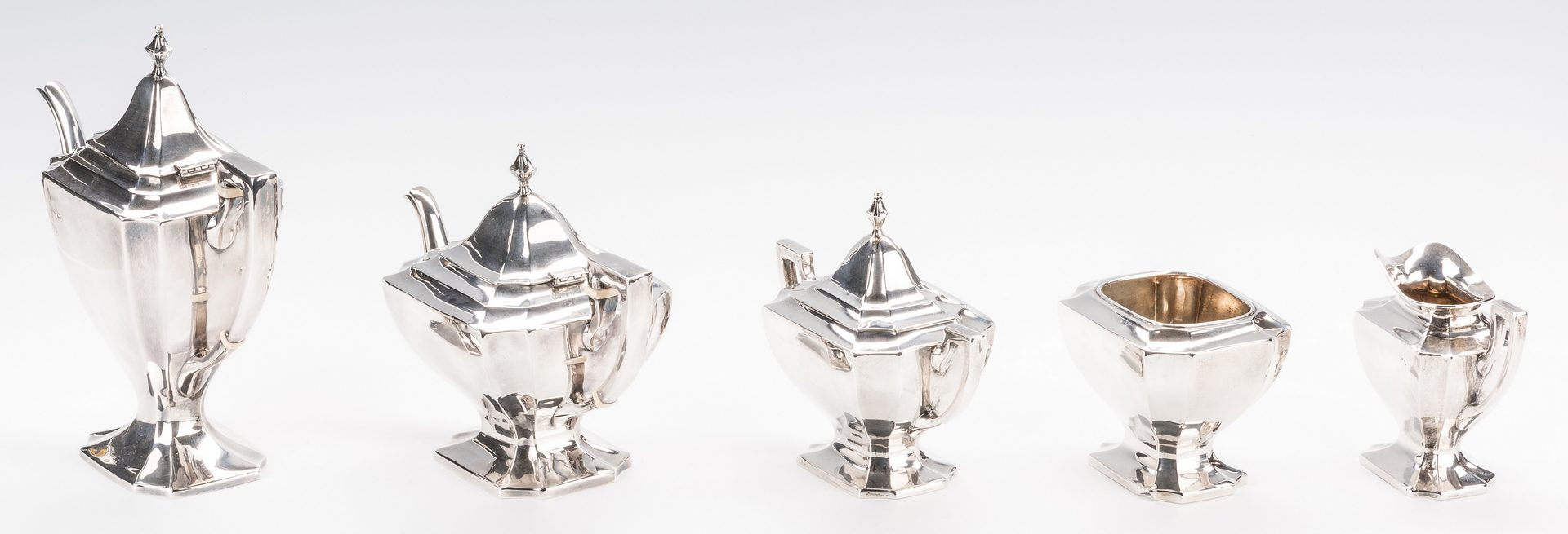 Lot 406: 5 Piece Saart Bros./SSMC Sterling Tea Set