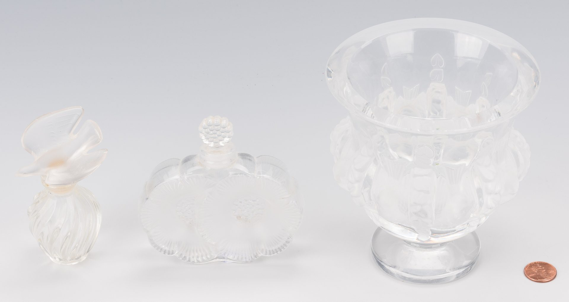Lot 450: Lalique relish dish and 2 perfumes, 3 pcs