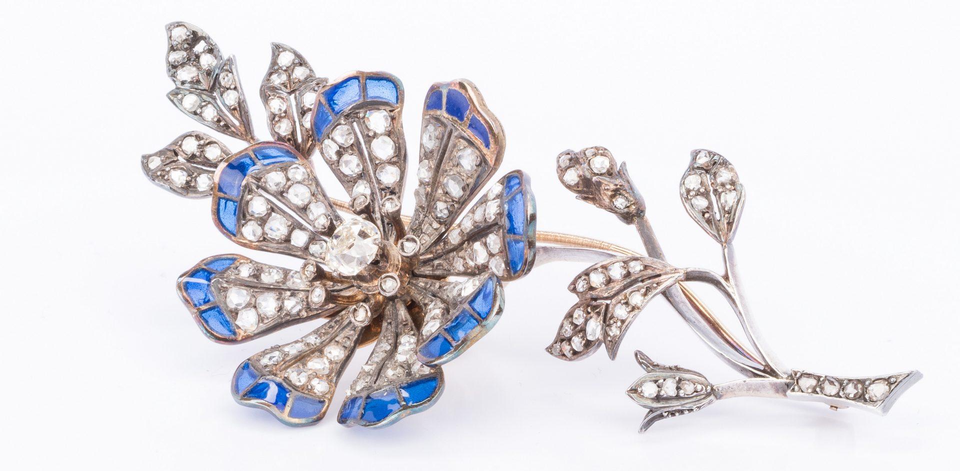 Lot 51: Belle Epoque Diamond Flower Brooch