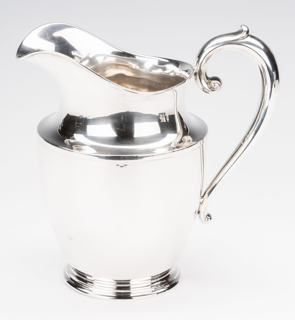 Lot 573: 11 Sterling Silver Hollowware Beverage Items