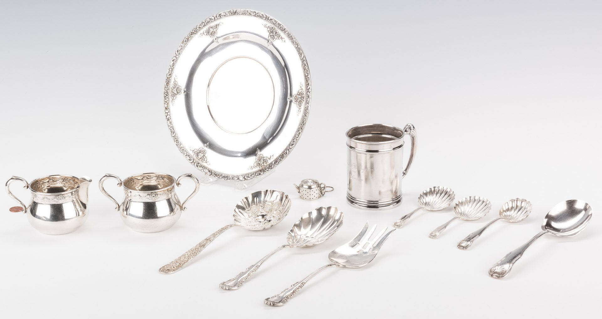 Lot 578: 12 Sterling Items w/ Kirk Repousse; King