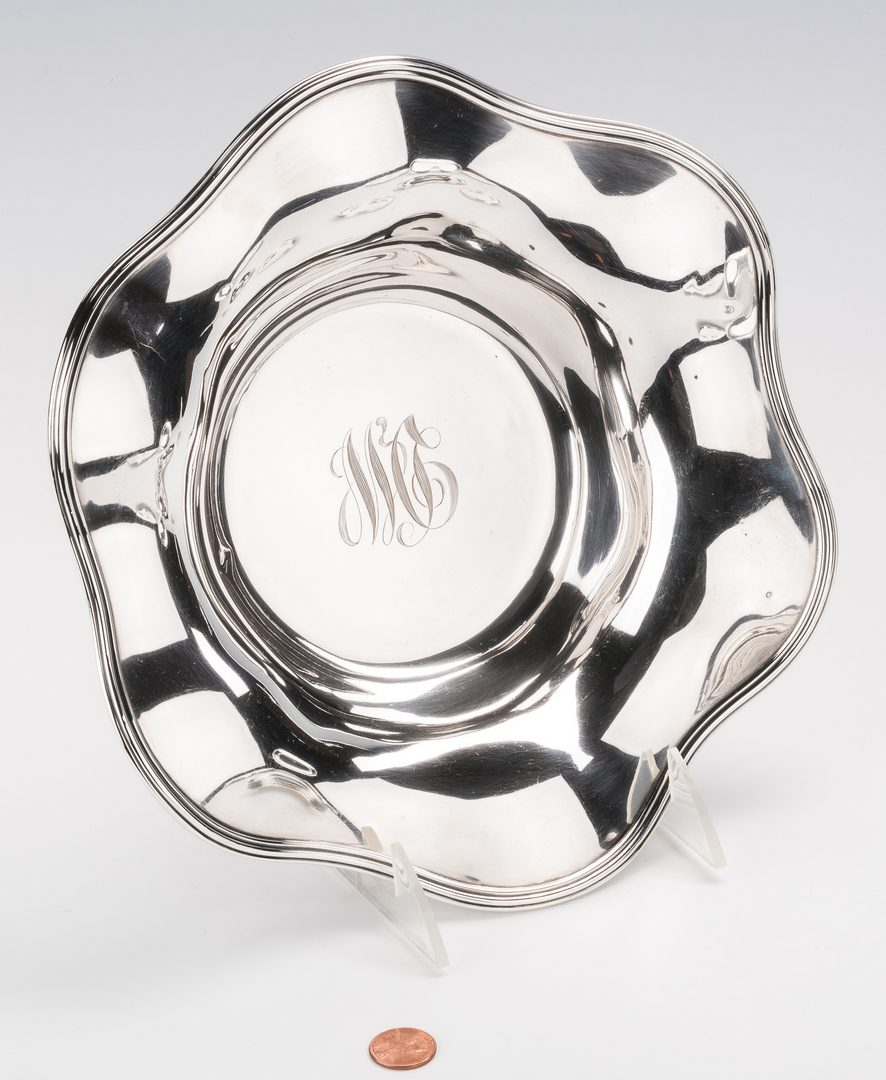 Lot 580: 15 Sterling Silver Table Items
