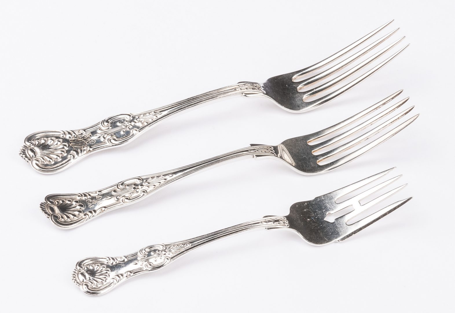 Lot 68: Dominick Haff New King/King Sterling Flatware