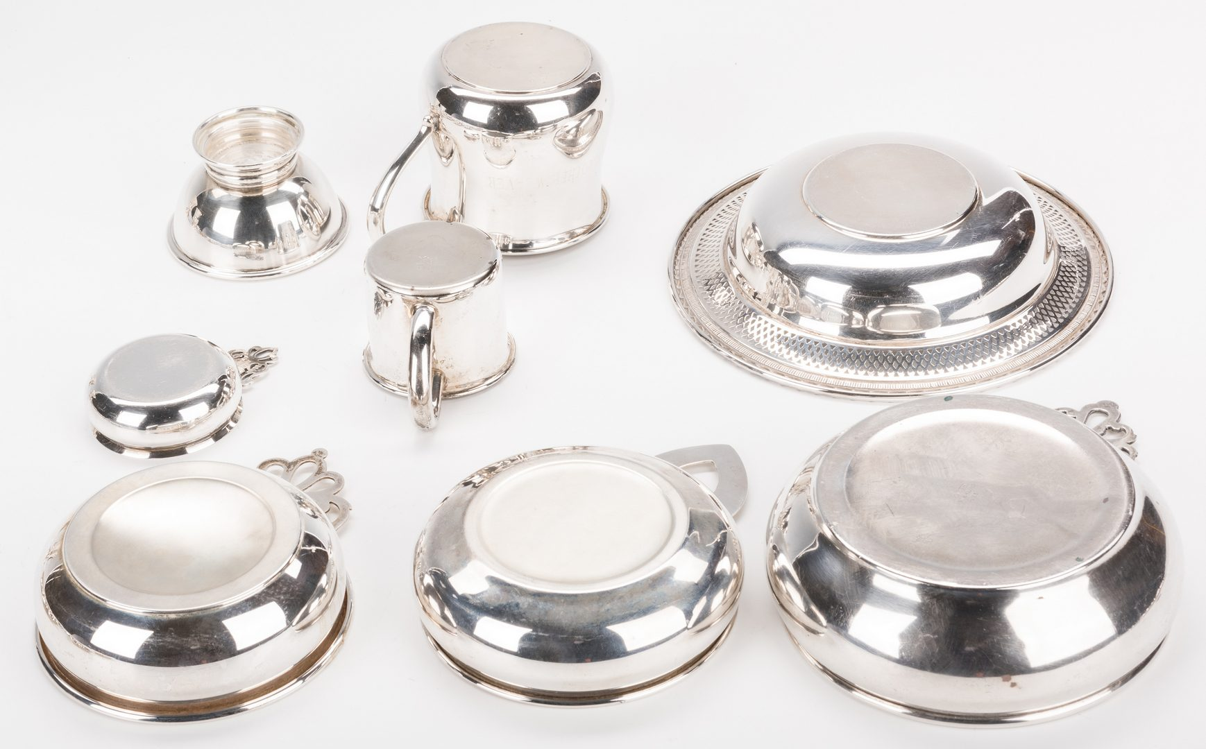 Lot 703: 25 Assembled Sterling Silver Items