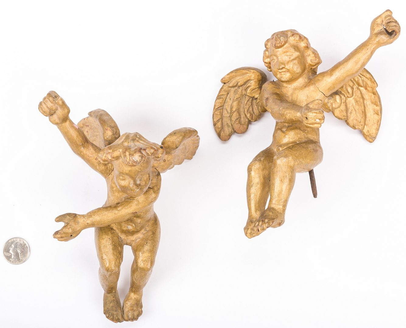 Lot 730: Italian gilt leaves and cherubs
