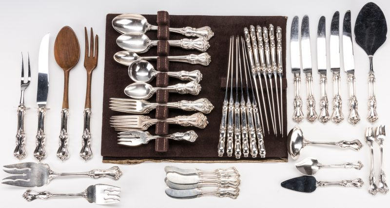Lot 73: Reed & Barton Marlborough flatware, 99 pcs