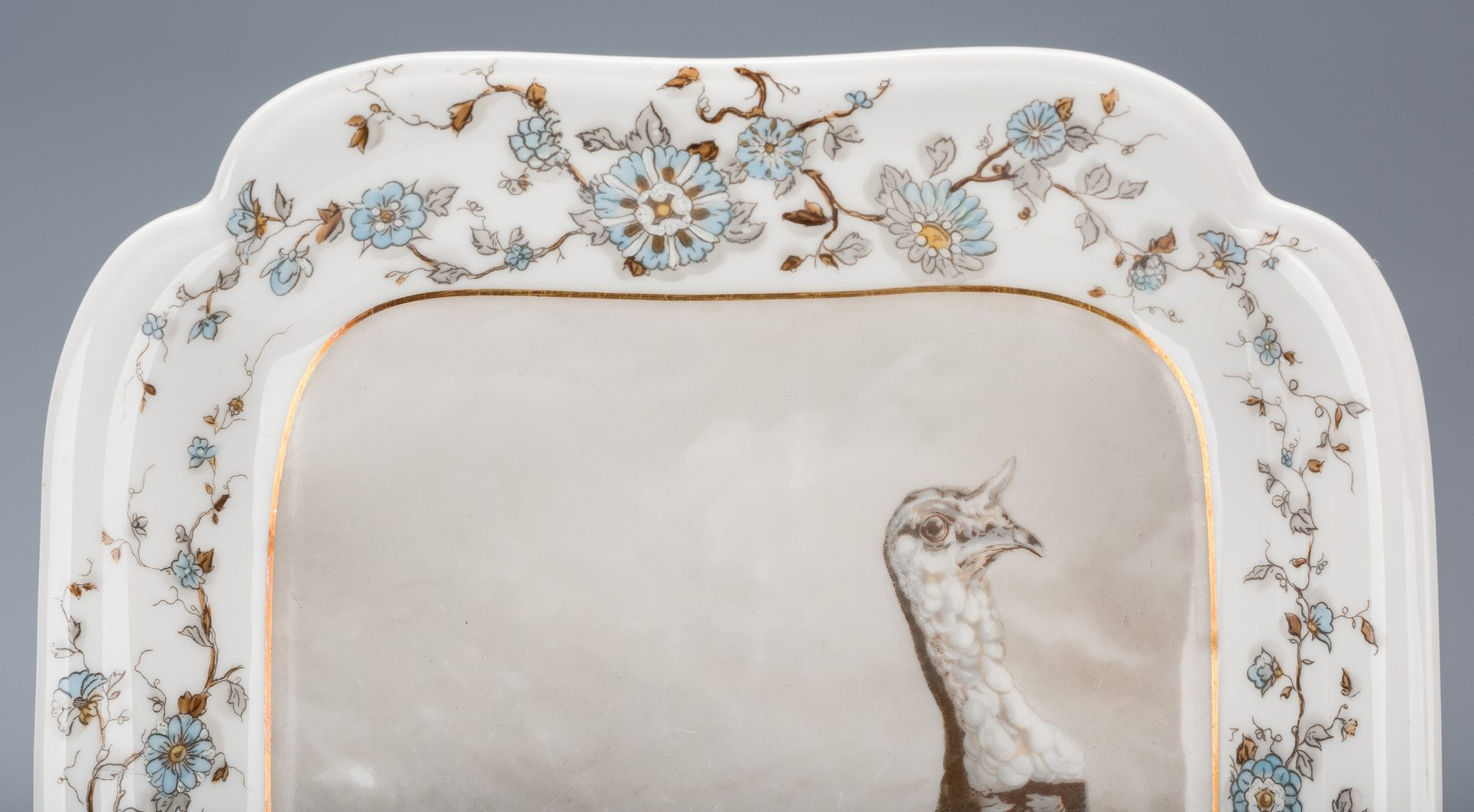 Lot 752: Limoges Turkey Platter with Fairing Boxes