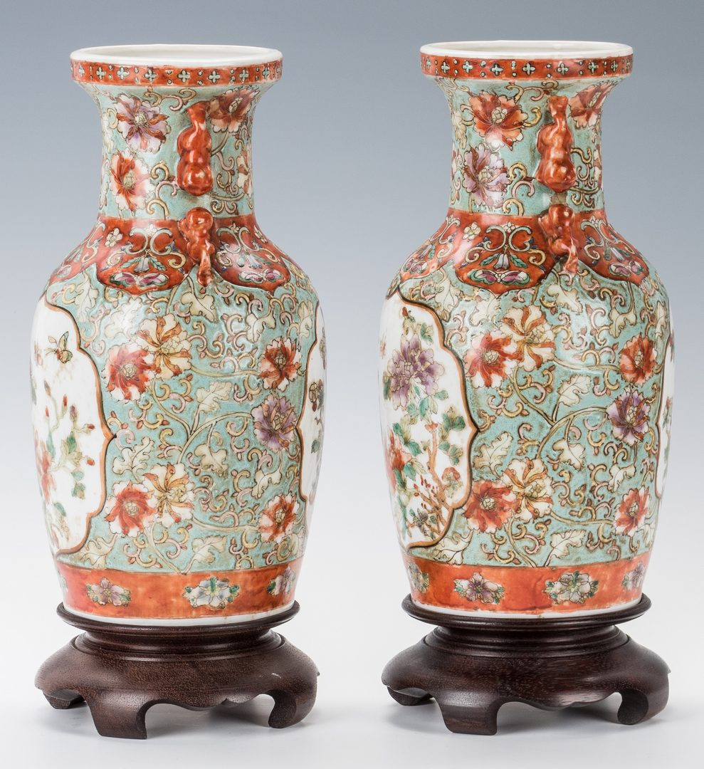 Lot 765: Pr. Chinese Export Porcelain Vases, Modern