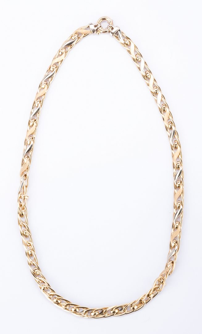 Lot 846: 14K Italian 2-tone Link Necklace, 17.6 grams