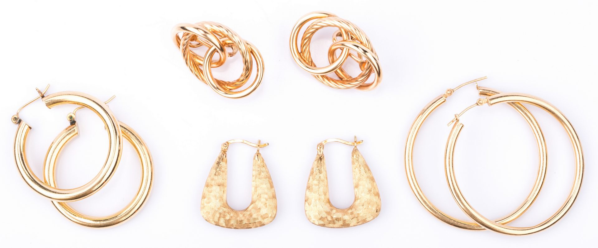 Lot 852: 4 pair 14K Earrings