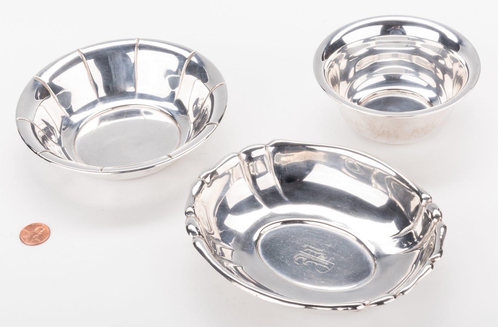 Lot 868: 6 pcs assorted Sterling Hollowware