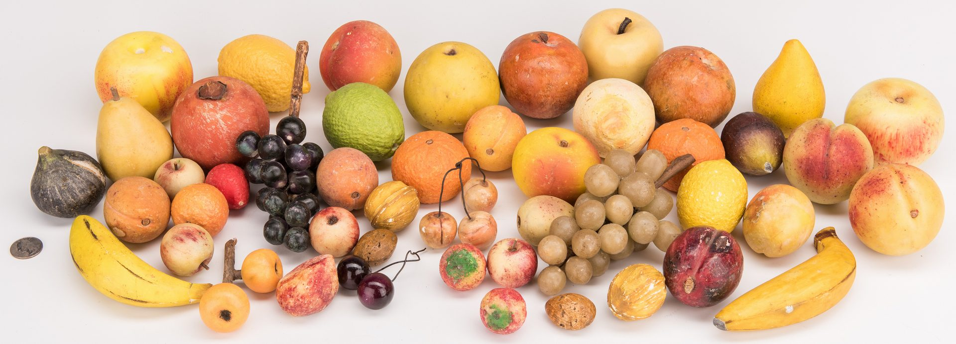 Lot 128: 48 Pieces of Stone Fruit