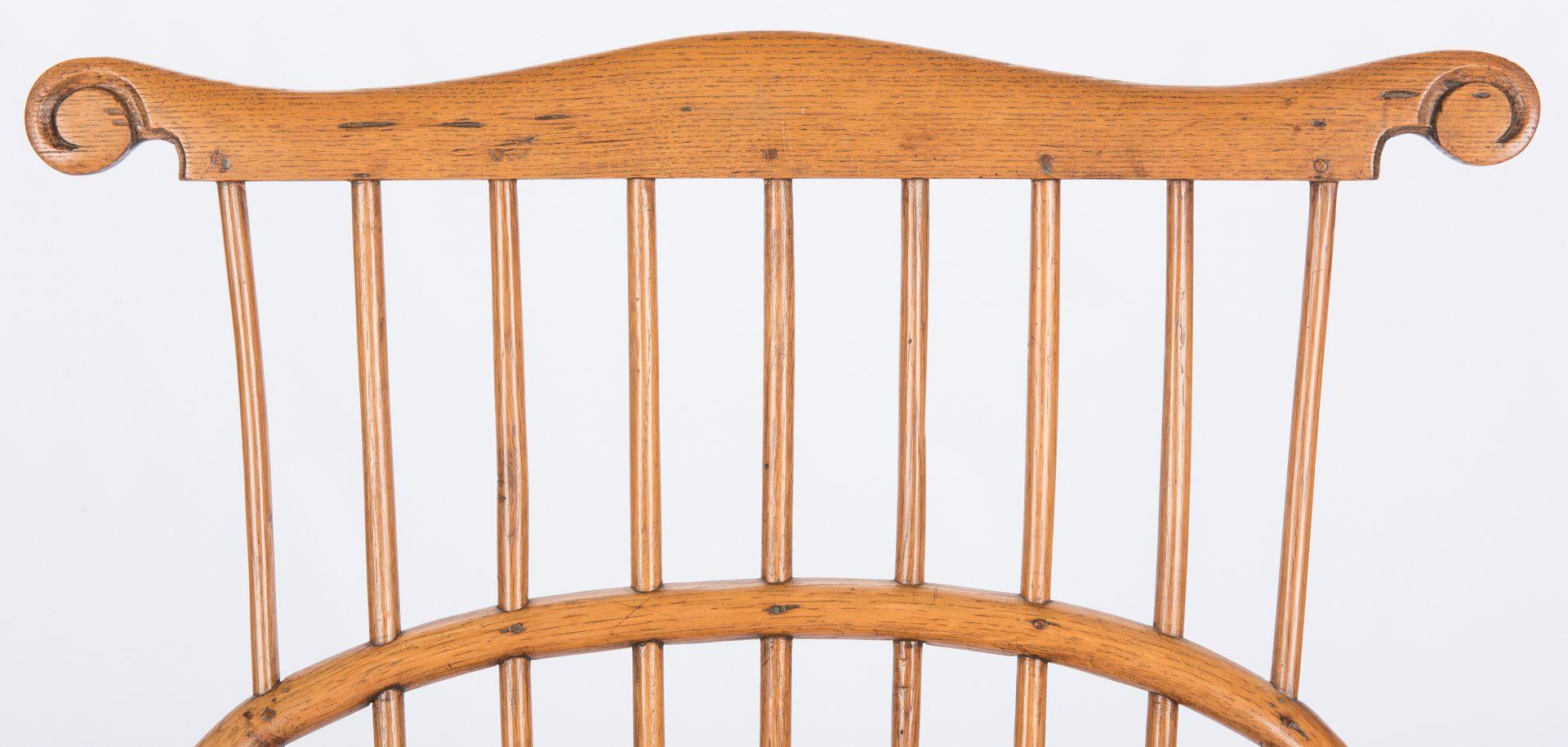 Lot 138: Comb back continous arm Windsor