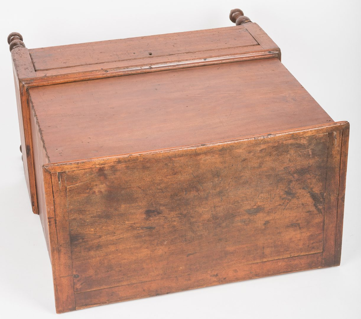 Lot 157: Middle TN or KY Sugar Chest