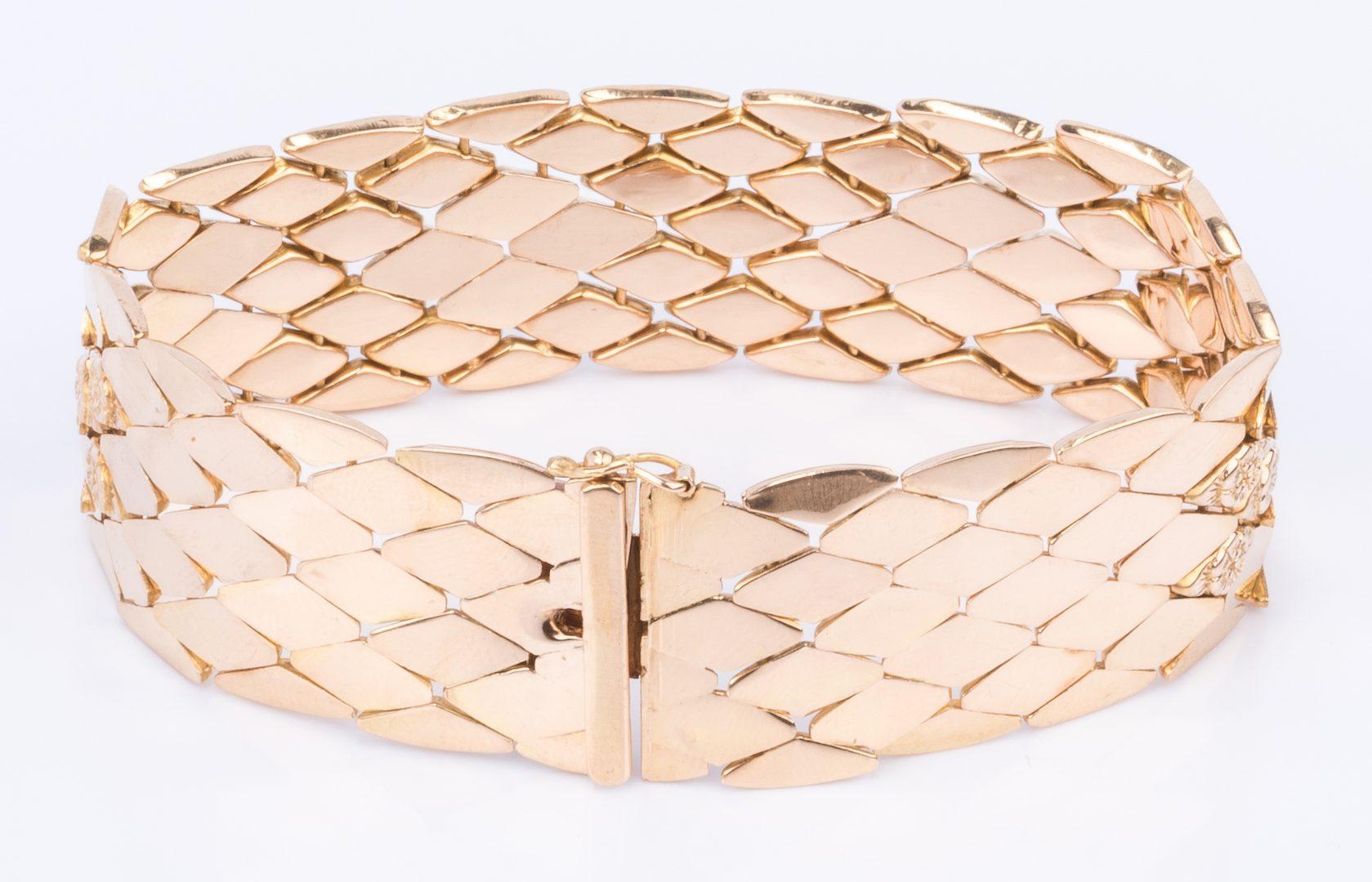 Lot 192: 18K Italian Gold Bracelet