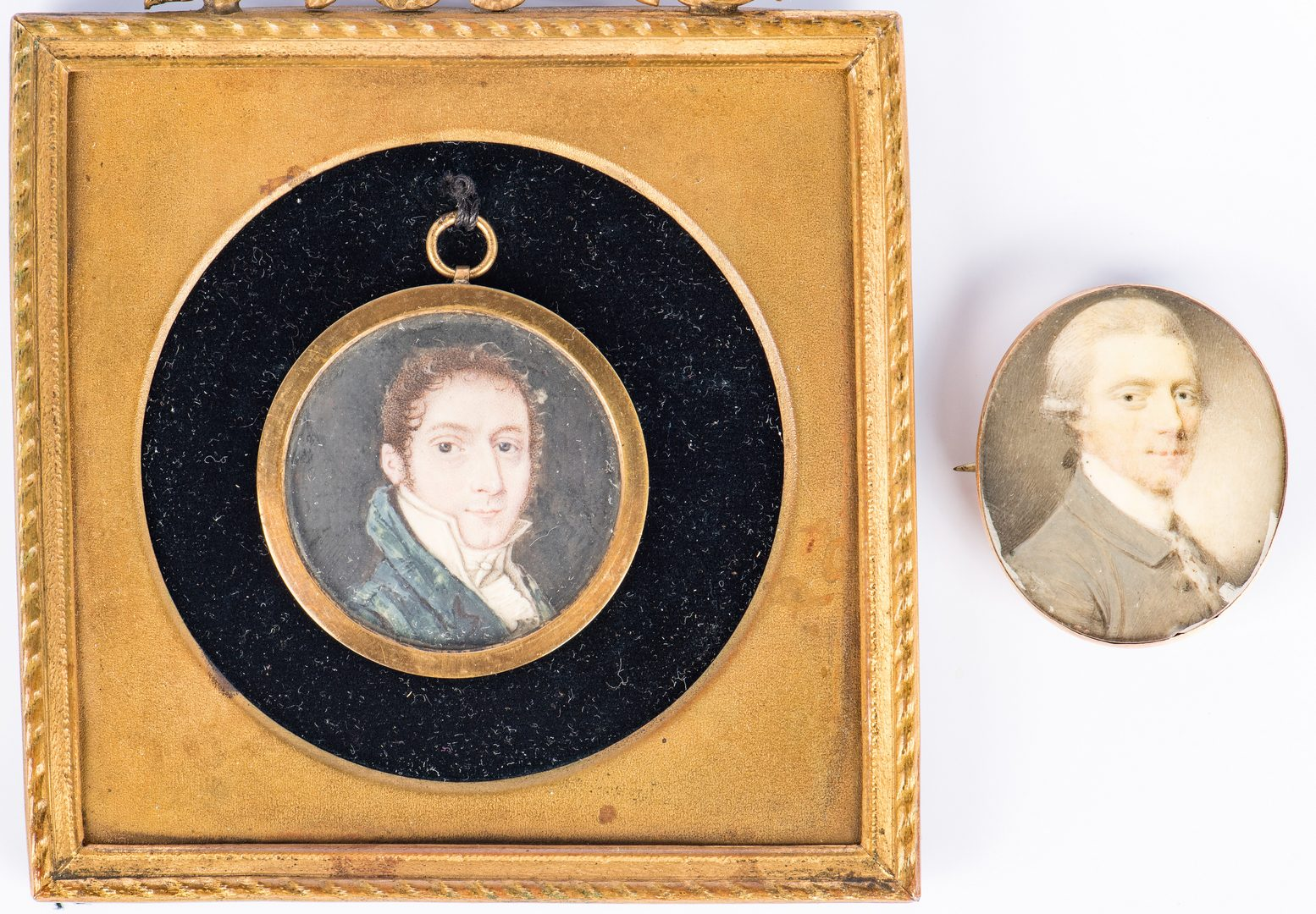 Lot 350: 2 pcs Miniature Portrait Jewelry