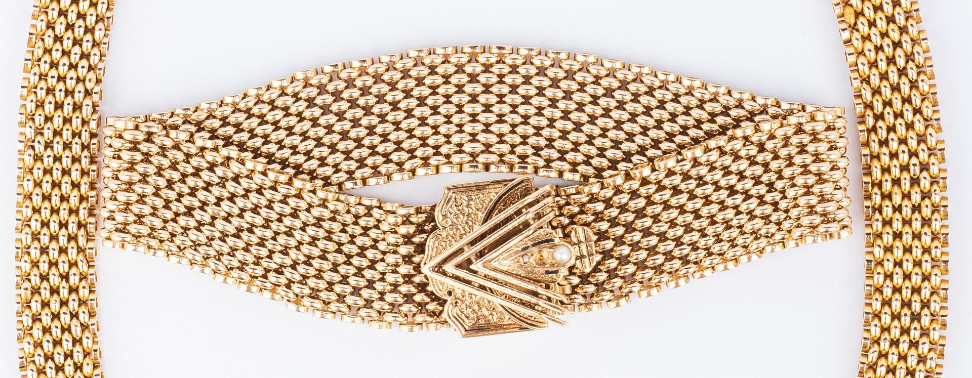 Lot 38: Gold mesh necklace and bracelet, Art Deco style