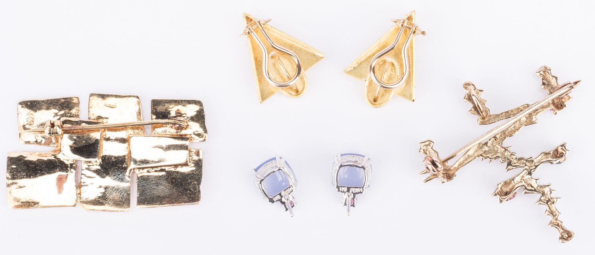 Lot 402: 4 items 14K and 22K Gold Jewelry