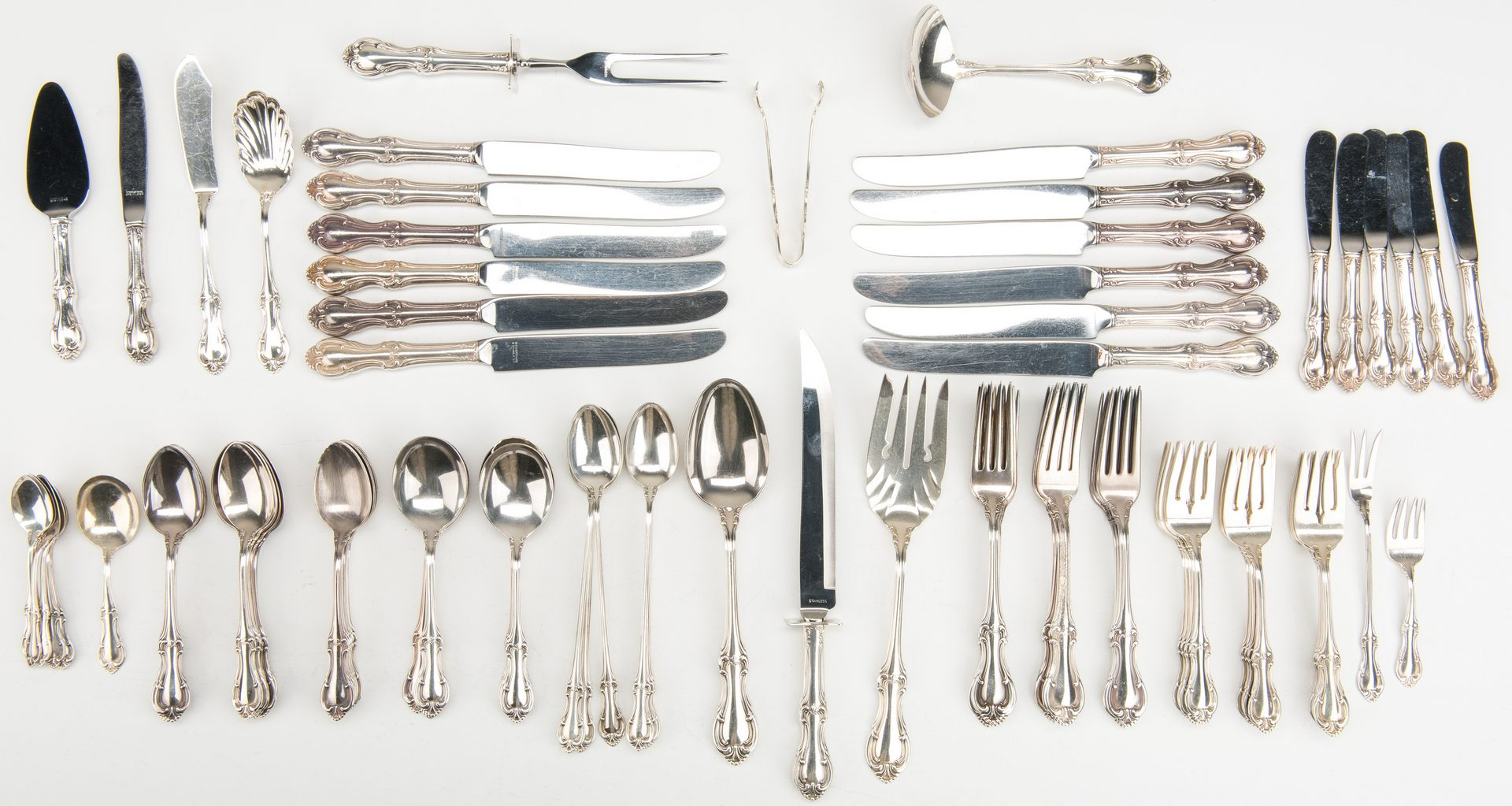Lot 412: Joan of Arc Sterling Flatware, 102 pieces