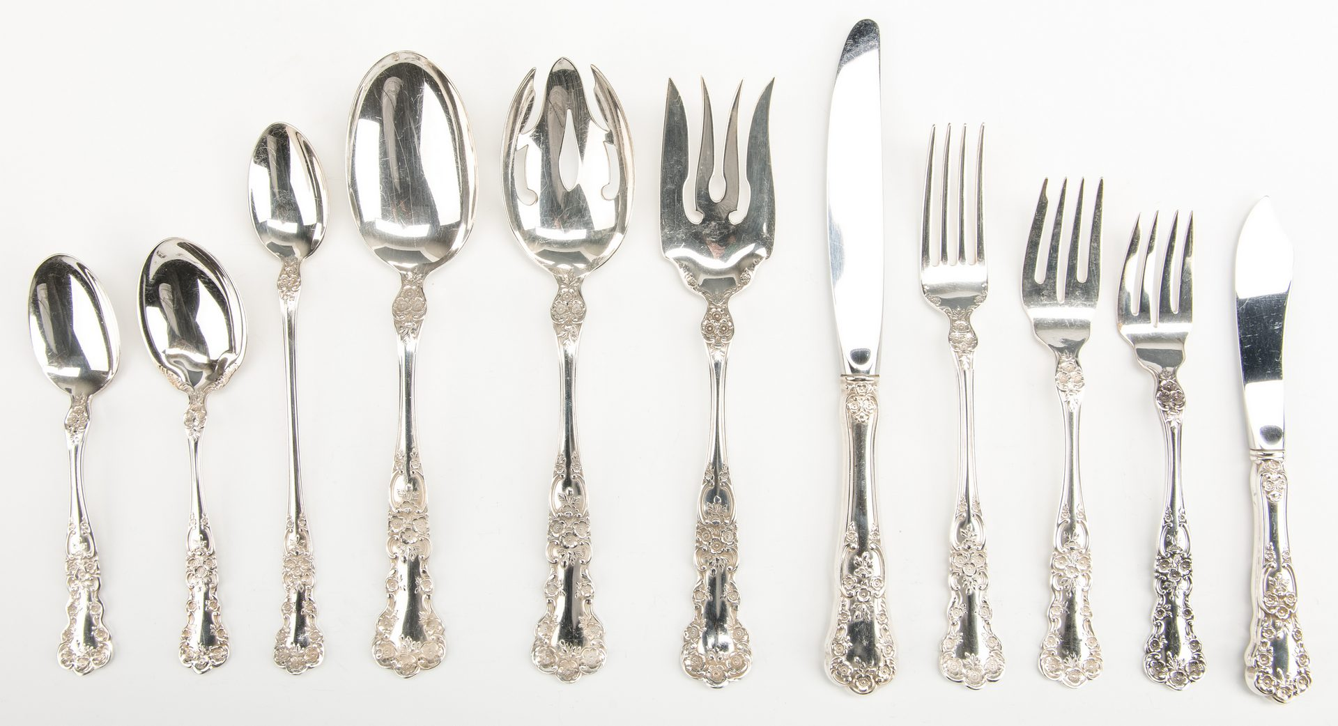 Lot 417: 66 pcs Gorham Buttercup Sterling Flatware
