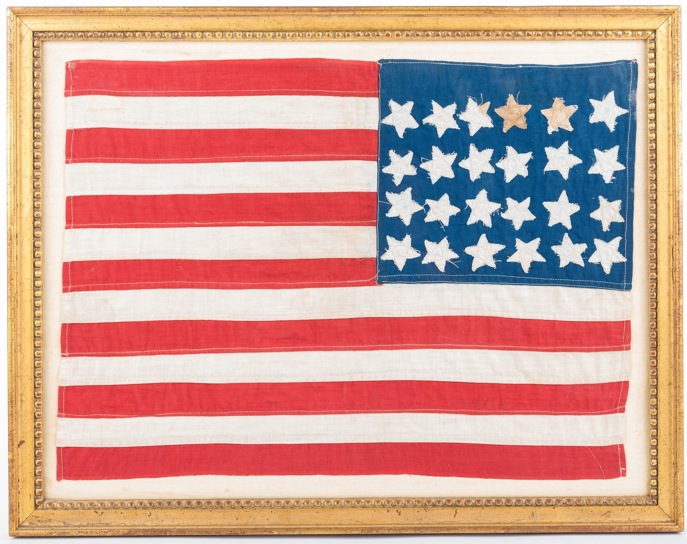 Lot 532: 24-star flag plus Lincoln items